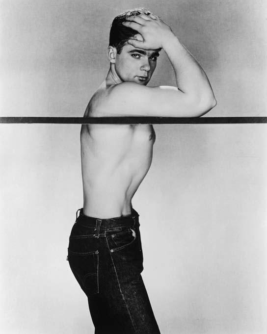 "George Platt Lynes: ""Semi-nude standing"". Call number: Sozarch_F_5004-Fx-183"